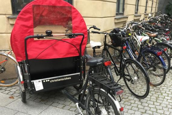 copenhagen_trishaw_parking-edit-570x380